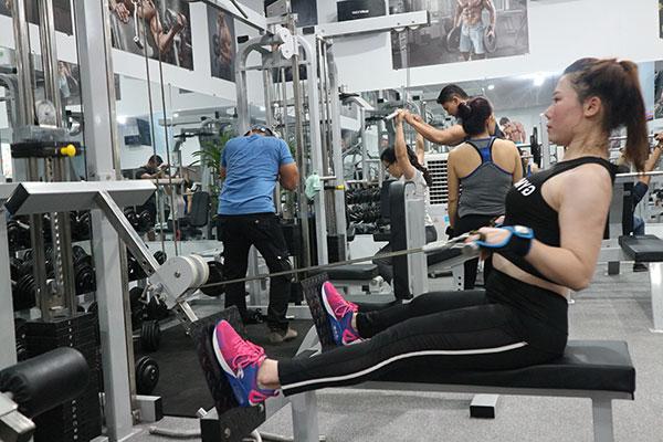 phu-nu-tap-gym